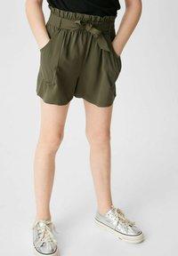 C&A - Shorts - dark green - 0