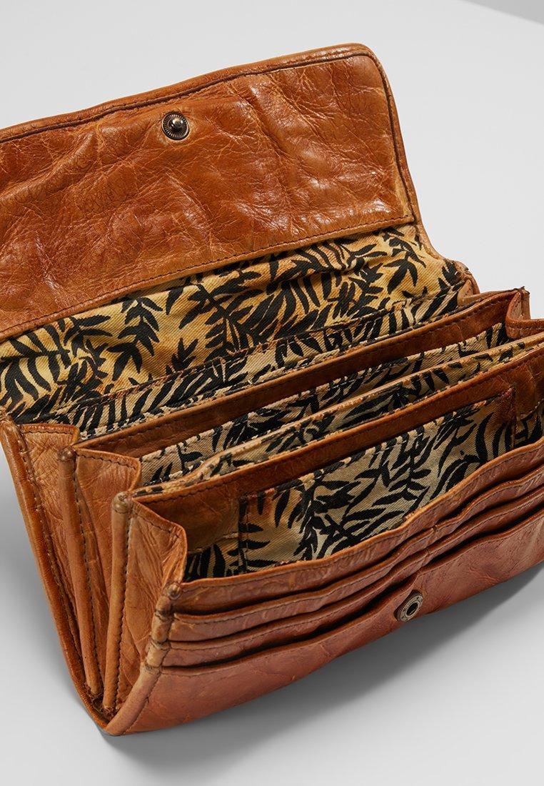FREDsBRUDER Genuine Heartbeat Wallet Geldbörse Brown Braun Neu