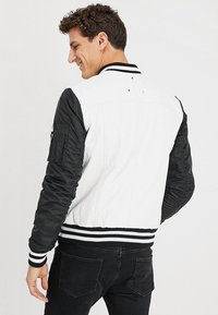 Be Edgy - BESASCHA - Leather jacket - white/black - 2