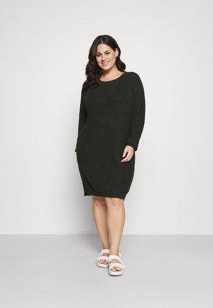 NMSIESTA O-NECK DRESS - Gebreide jurk - rosin