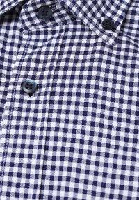 Andrew James - Shirt - marine weiß - 2