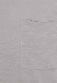 Marc O'Polo - SHORT SLEEVE ROUND NECK - Basic T-shirt - griffin - 2