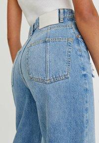 PULL&BEAR - Jeans Straight Leg - mottled blue - 3