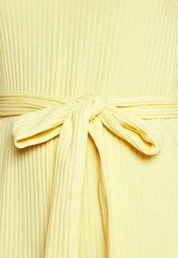 Monki - Jumpsuit - yellow - 4