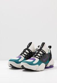 Nike Performance - AIR MAX ALPHA SAVAGE - Obuwie treningowe - light bone/black/geode teal/voltage purple - 2