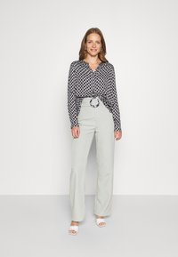 comma casual identity - LANGARM - Blouse - blue - 1