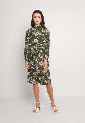 ONLNOVA LUX SMOCK DRESS - Day dress - ponderosa pine/green