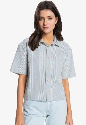 RIDING SEA  - Button-down blouse - dark blue seer sucker stripes