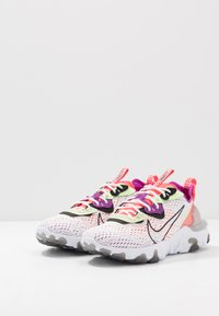 Nike Sportswear - REACT VISION UNISEX - Sneakersy niskie - summit white/black/barely volt/laser crimson/vivid purple/white - 2