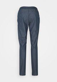 Salomon - WAYFARER TAPERED - Outdoorové kalhoty - mood indigo - 1