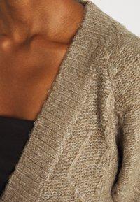Molly Bracken - LADIES KNITTED CARDIGAN - Cardigan - beige - 4