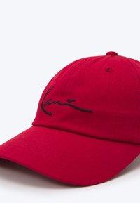 Karl Kani - SIGNATURE UNISEX - Casquette - red - 3