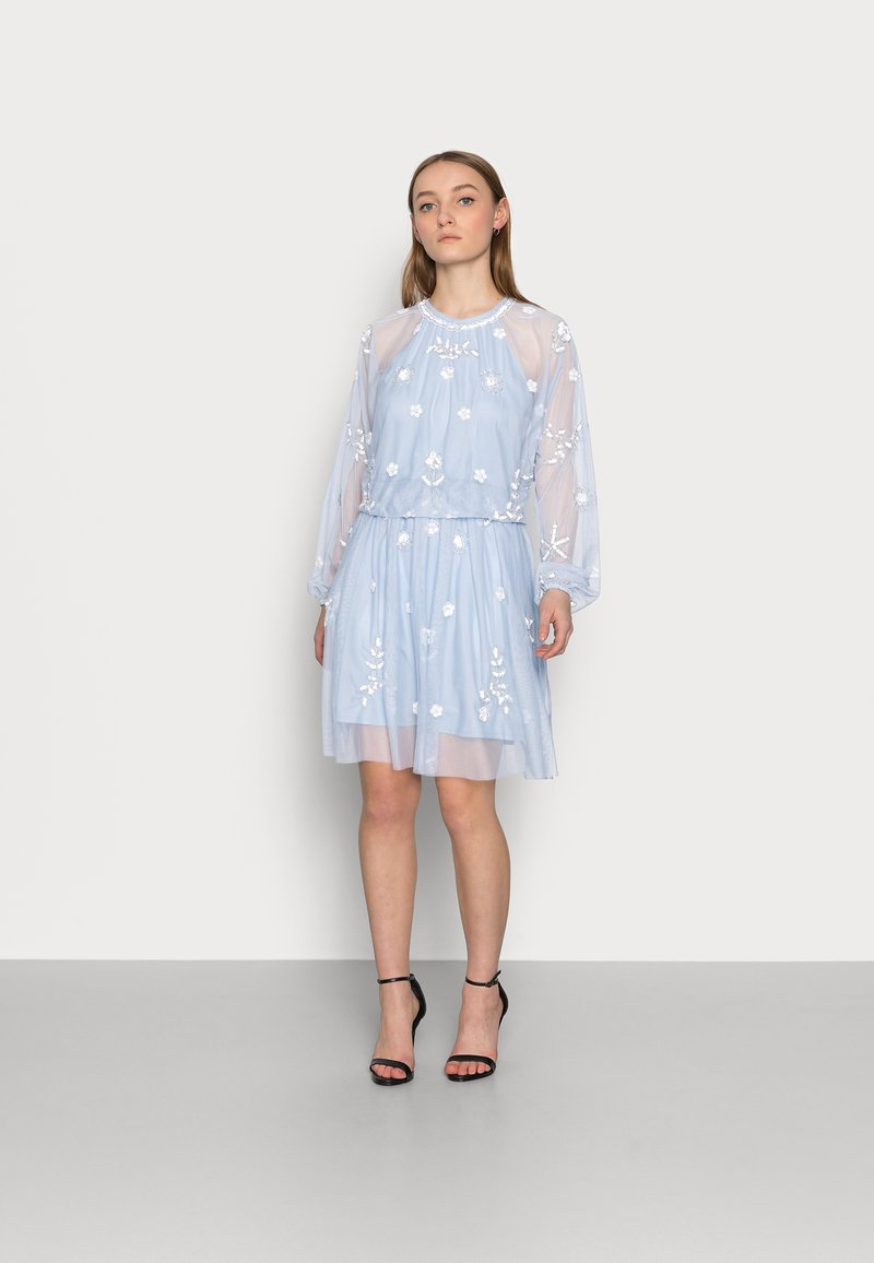 SISTA GLAM PETITE - SAFIE - Cocktail dress / Party dress - pale blue