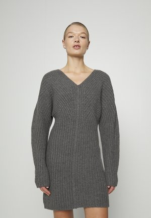 AIRY SCULPTED DRESS - Neulemekko - grey melange
