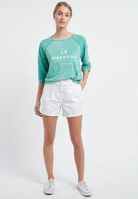 Next - BERRY - Shorts - white - 0