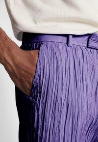 Hope - HIDE TROUSER - Trousers - purple - 5