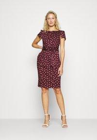 Closet - TULIP DRESS - Day dress - burgundy - 1