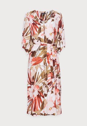 DRESS - Kjole - light pink