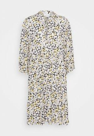 KAFELIA AMBER DRESS - Day dress - golden haze/chalk