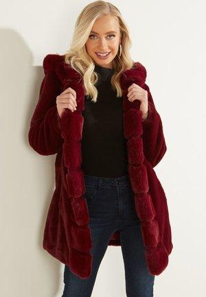 Płaszcz zimowy - bordeaux