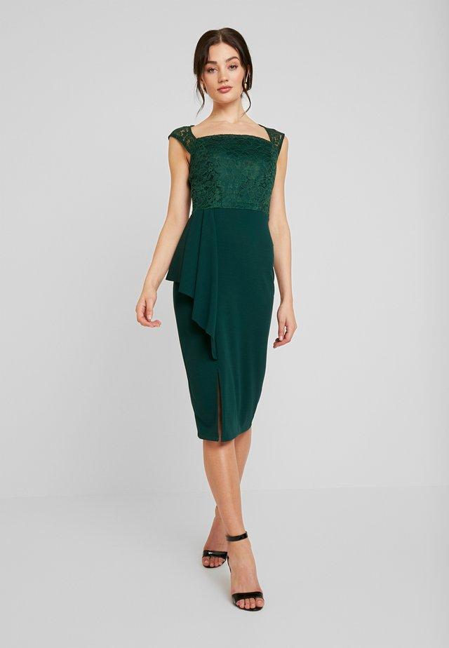 SQUARE NECKLINE MIDI - Shift dress - forest green
