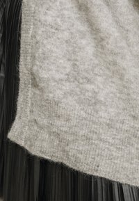 Object Petite - OBJNETE CARDIGAN - Kardigan - light grey melange - 5