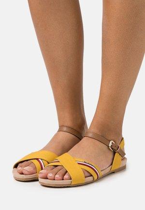 Sandals - yellow