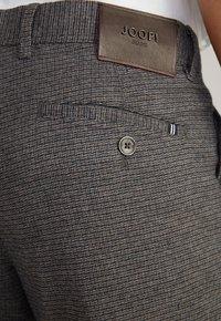 JOOP! Jeans - Trousers - schwarz/navy/braun - 4