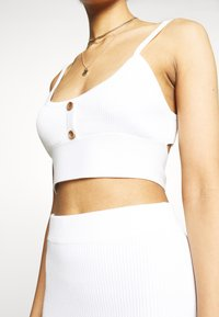 Missguided - BUTTON TIE BACK CAMI SKIRT SET - Top - white - 3