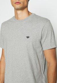 DOCKERS - PACIFIC CREW TEE - T-shirt - bas - heather grey - 4