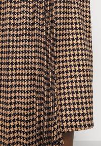 Gestuz - BELLIS SKIRT - Pleated skirt - brown - 5