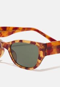 A.Kjærbede - KANYE - Sunglasses - light demi brown tortoise - 3