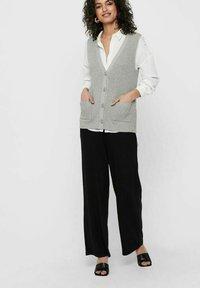 ONLY - ONLFLORELLE - Waistcoat - light grey melange - 1