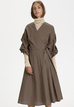 PEDRINEIW  - Korte jurk - mini check