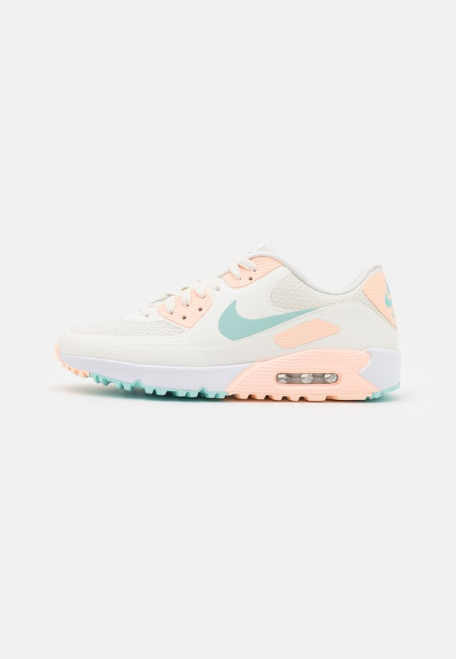 AIR MAX 90 G - Golfskor - sail/light dew/crimson tint/white