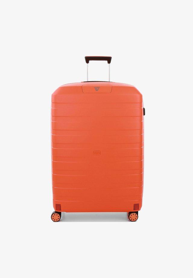 Wheeled suitcase - papaya