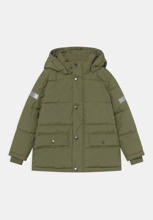 MINI PUFFER UNISEX - Winter jacket - dark lime