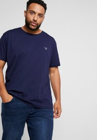 GANT - PLUS THE ORIGINAL - Basic T-shirt - evening blue - 0