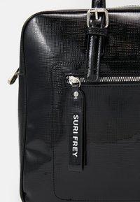 SURI FREY - HANNY - Laptoptas - black - 4