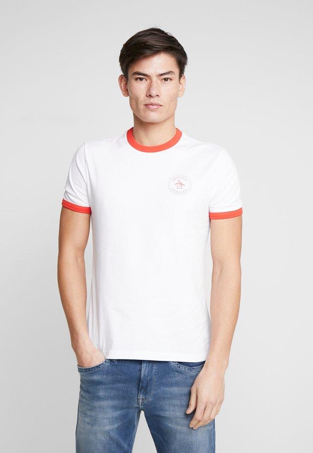 RINGER STAMP LOGO TEE - Triko spotiskem - bright white