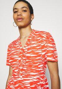 Calvin Klein - SHORT DRESS - Day dress - fiesta/ecru - 3