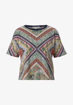 Print T-shirt - patchwork paisley print