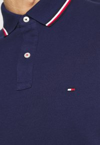 Tommy Hilfiger - TIPPED SLIM - Polo - yale navy - 4