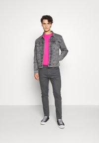 Calvin Klein Jeans - FOUNDATION JACKET - Džínová bunda - grey - 1