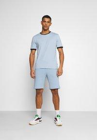 YOURTURN - SET UNISEX - Shorts - blue - 0
