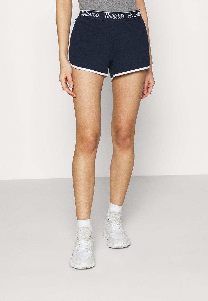 Hollister Co. - CHAIN LOGO - Shorts - navy