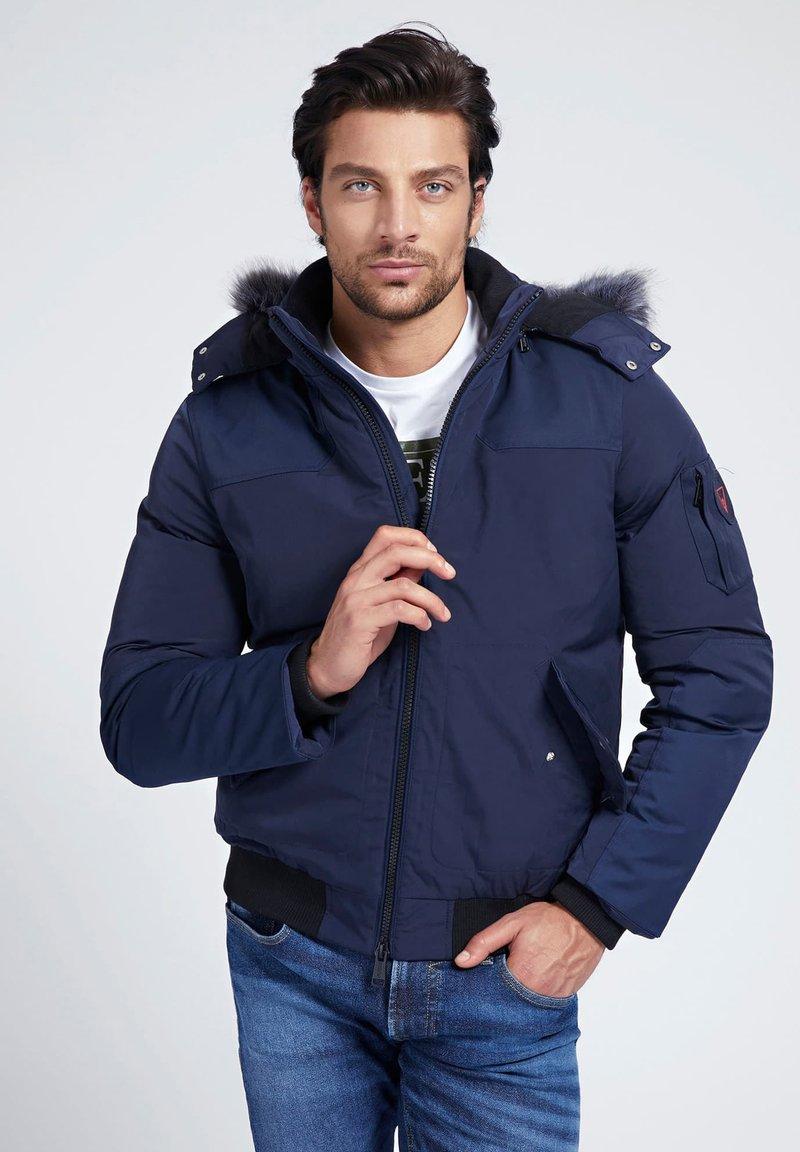 Guess - Giacca invernale - mehrfarbig, grundton blau