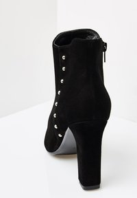 faina - Classic ankle boots - schwarz - 3