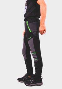 IZAS - Outdoor trousers - black/dark grey/lime - 2