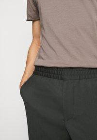 Filippa K - TERRY CROPPED PANTS - Trousers - dark spruc - 5